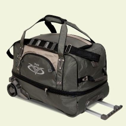 Описание: 620х380х360 Сумка на колесах имеет множество карманов на замках, колесную систему, выдвижную ручку...