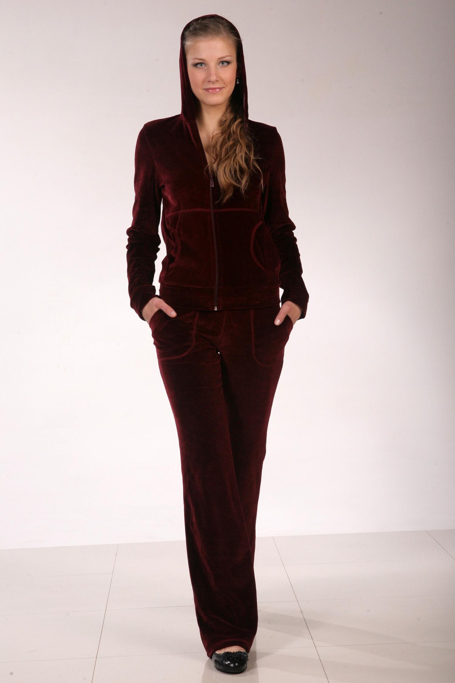 Женские костюмы российских производителей с доставкой