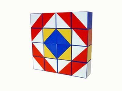 В наборе 16 кубиков для