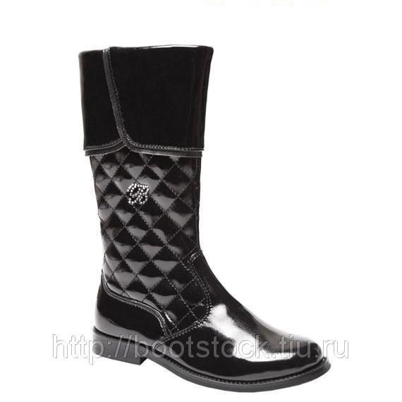Обувь с пластичной подошвой и анатомической стелькой.  Колодка идеально соответствует строению детской ножки.