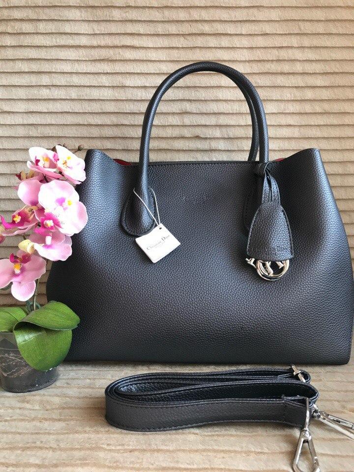 Купить точные копии женских сумок Dior Диор - интернет