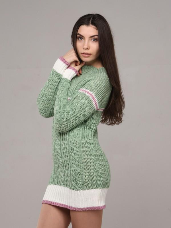 Трахает в зеленом свитере 14 фотография