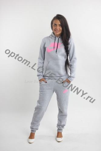 9fd6299a Спортивные костюмы женские адидас | Купить женский - Adidas. В 2001 году  Адидас организовывает бренд Originals ...